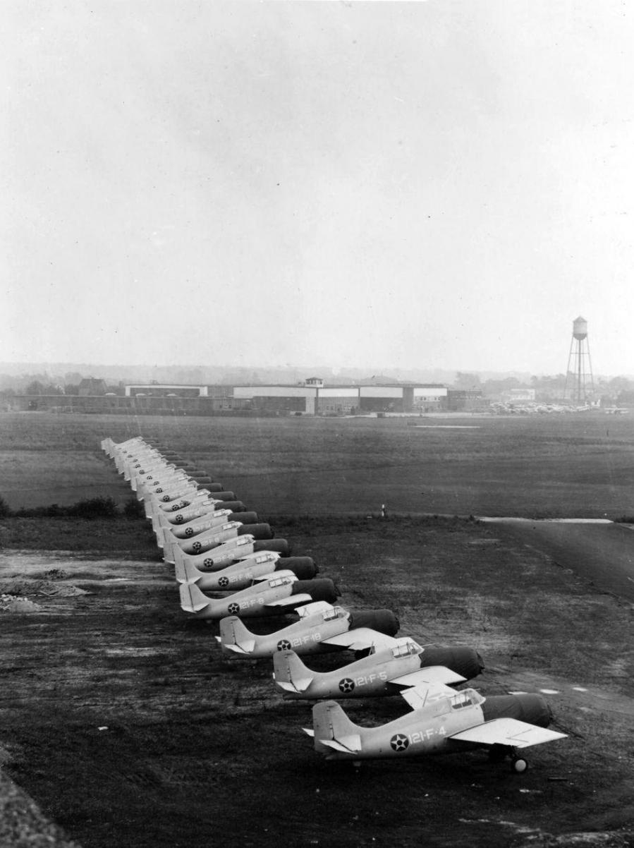 21 u s marine corps grumman f4f 3 wildcats of marine fighting squadron vmf 121 1941 u s navy national museum of naval aviation