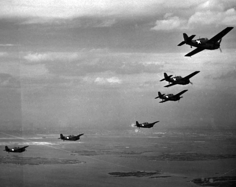 Formation of f4f 4 wildcats of vf 24 in flight nas floyd bennett field new york 28 april 1943