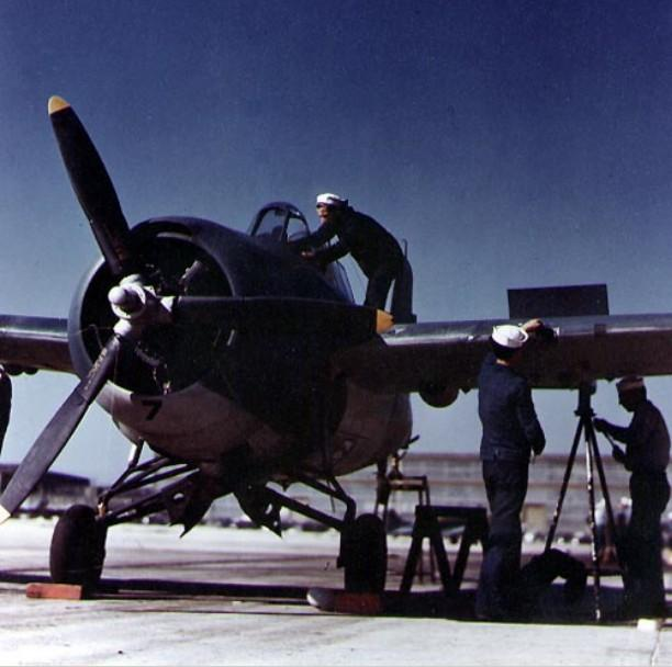 Grumman f4f 4 maintenance 1942 43