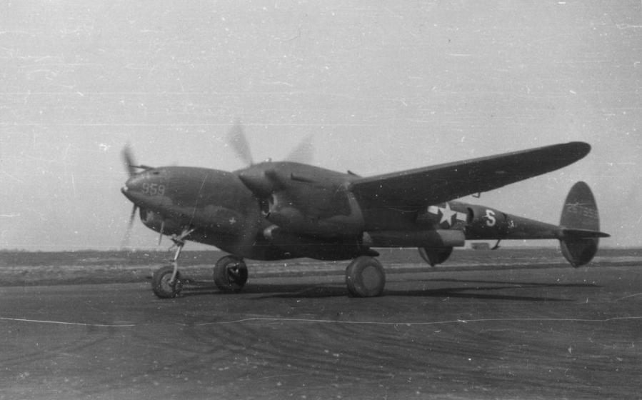 P 38j lightnoing american air museum fre 2410