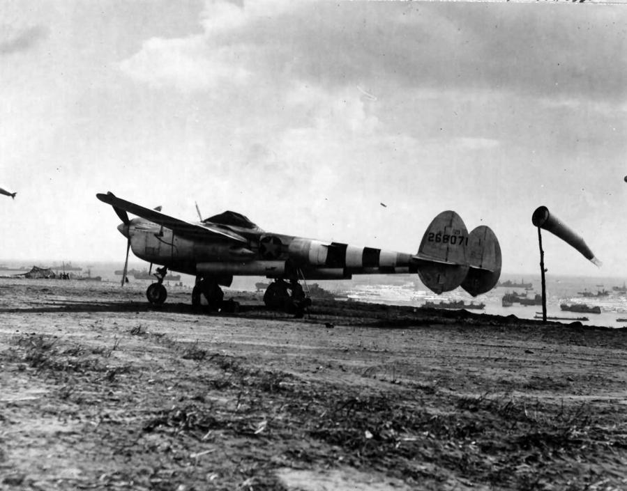 P 38j with d day stripes serial 42 68071 of the 392nd fs 367th fg sits on the newly constructed airfield normandy