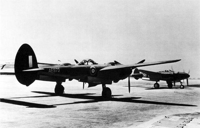P38 lightning ae979 ae978